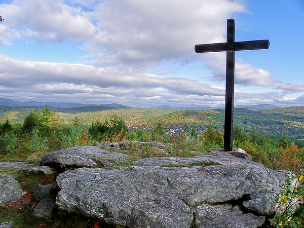 Nh Photograph - Round Top Mountain  by Wayne Toutaint