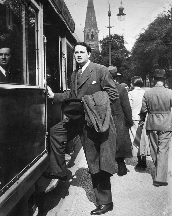 1936 Photograph - Thomas Wolfe (1900-1938) by Granger