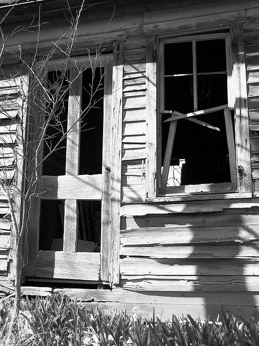 Barn Photograph - Welcome by Joseph Norvell