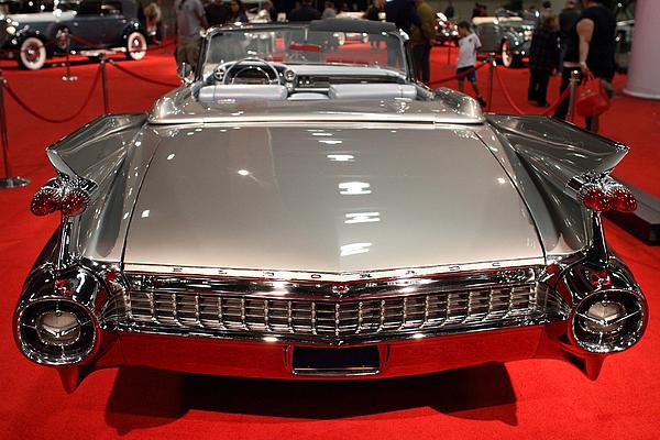 Cadillac Photograph - 1959 Cadillac Eldorado Convertible . Rear View by Wingsdomain Art and Photography