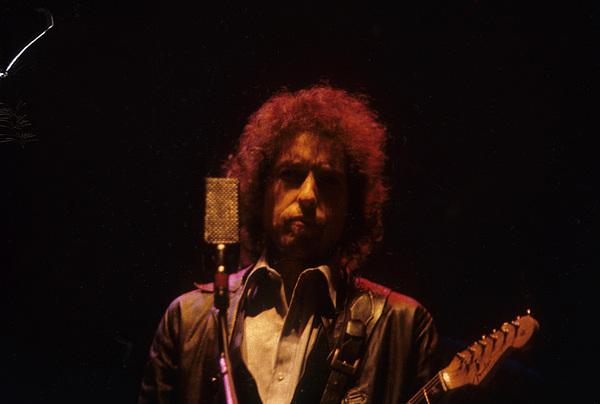 Bob Dylan Photograph - Bob Dylan by David Bishop