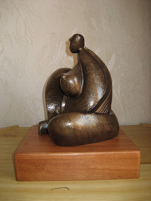 Maternity Sculpture - The Agony Of Maternity by Marshall Agbo