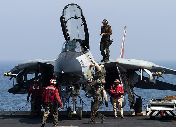 Grumman Photograph - An F-14d Tomcat On The Flight Deck by Gert Kromhout