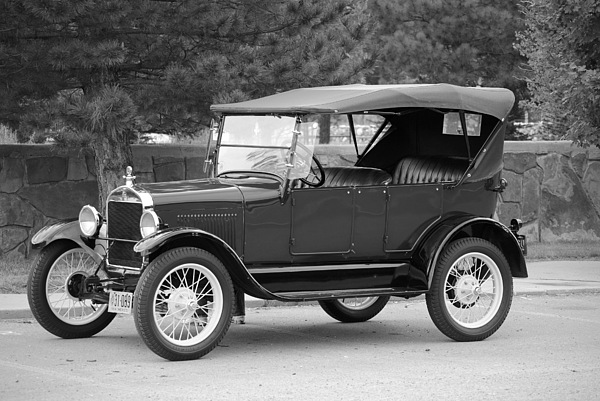 Ford Photograph - 27 T Touring by Jon Rossiter