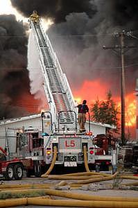 El Paso Photograph - 3 Alarm Fire by Duane Fish