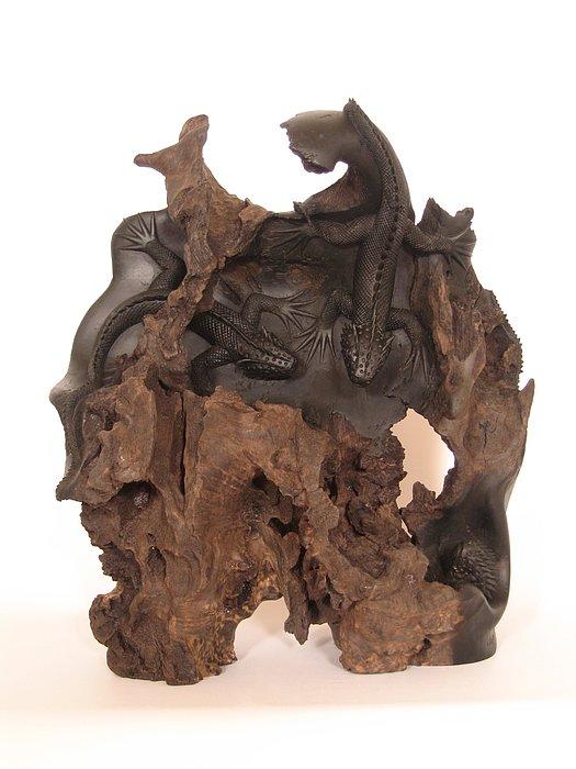 Wildlife Sculpture - Lizards by Thu Nguyen
