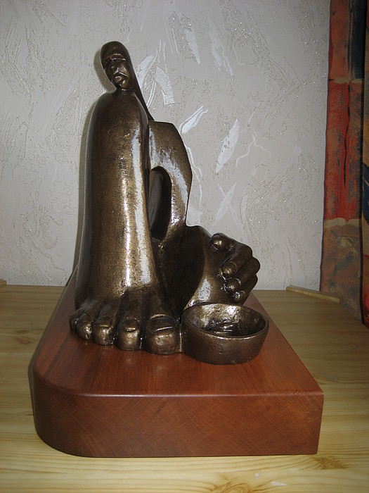 Maternity Sculpture - The Destitute by Marshall Agbo