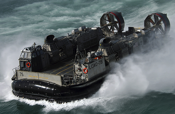 Operation Iraqi Freedom Photograph - A U.s. Navy Landing Craft Air Cushion by Stocktrek Images