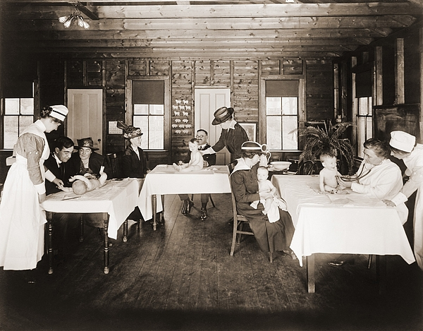 History Photograph - A Well Baby Clinic In Framingham by Everett