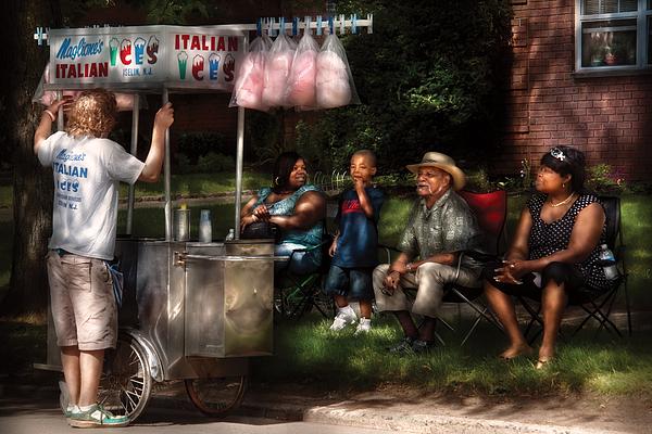 Savad Photograph - Americana - People - Buying Treats by Mike Savad