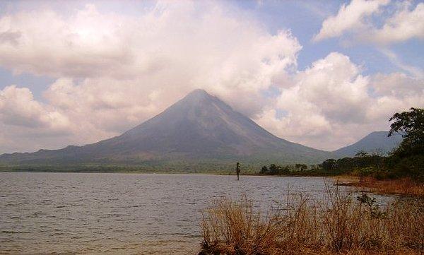 Arenal Photograph - Arenal Volcano by Rigoberto Vargas
