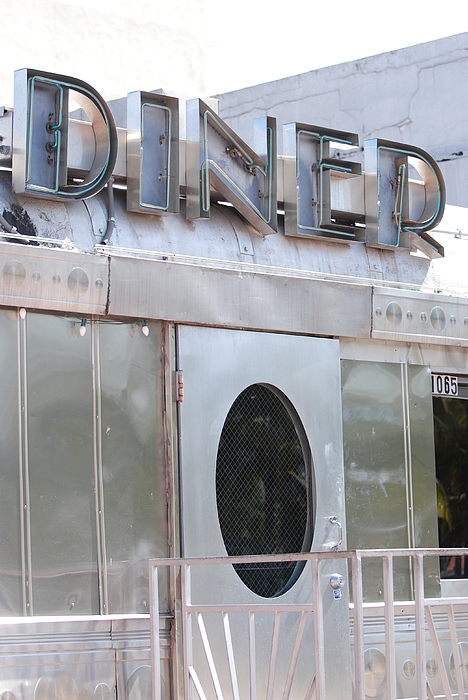 Architecture Photograph - Art Deco Diner by Rob Hans