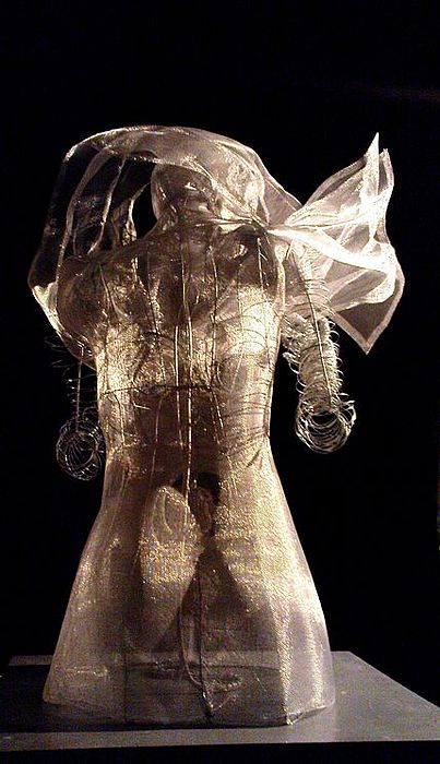 Woman Sculpture - Back by Lydie Dassonville