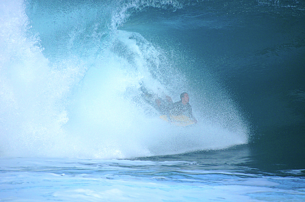 Pipeline Photograph - Banzai Blowout by Kevin Smith