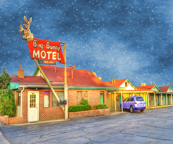 Juli Scalzi - Big Bunny Motel
