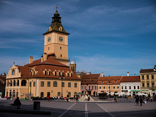 Brasov Photograph - Brasov Council Square by Rae Tucker