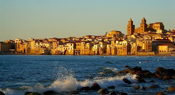 Cefalu Photograph - Cefalu - Sicily by Sorin Ghencea