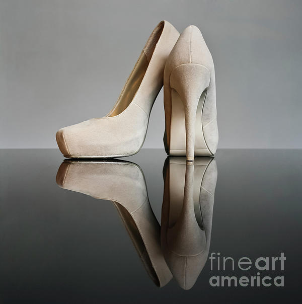 Champagne Photograph - Champagne Stiletto Shoes by Terri Waters