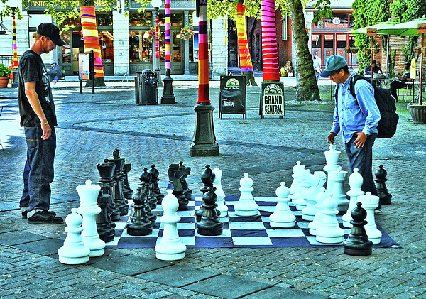 Allen Beatty - Chess Game on a Large Scale