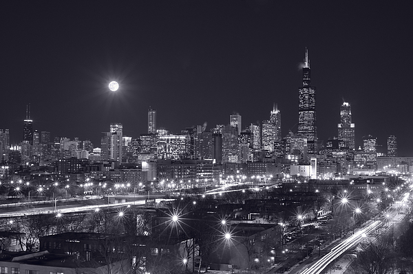 Architecture Photograph - Chicago By Night by Steve Gadomski