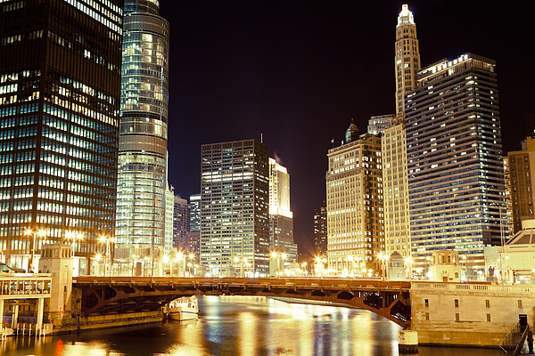 330 North Wabash Photograph - Chicago State Street Bridge At Night by Paul Velgos