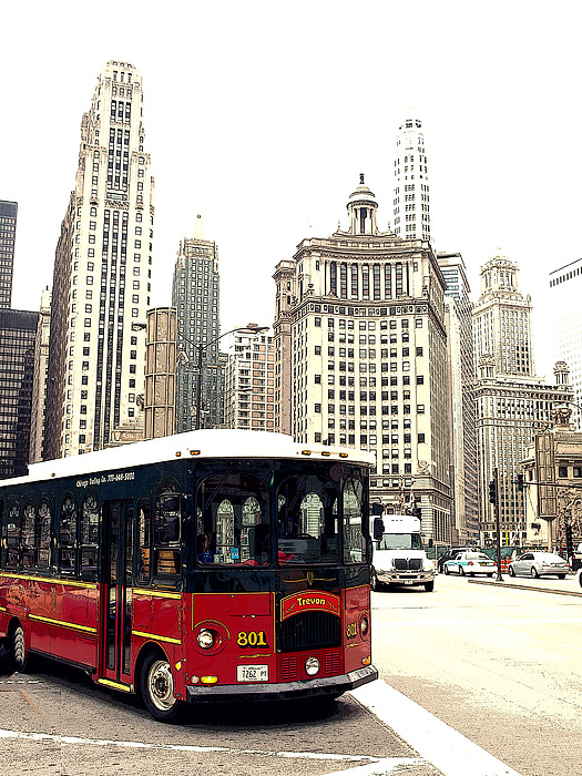 Chicago Photograph - Chicago Trolley by Kelly  Burke
