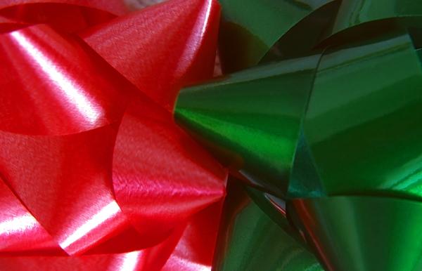 Christmas Photograph - Christmas Bows 1 by Steve Ohlsen