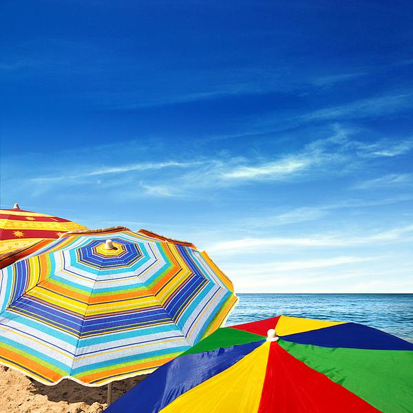 Abstract Photograph - Colorful Sunshades by Carlos Caetano