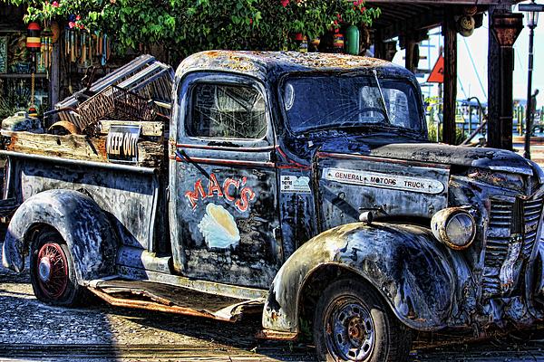 Key West Photograph - Conch Truck by Joetta West