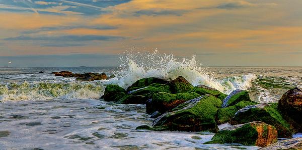 Atlantic Ocean Photograph - Crashing Waves by David Hahn