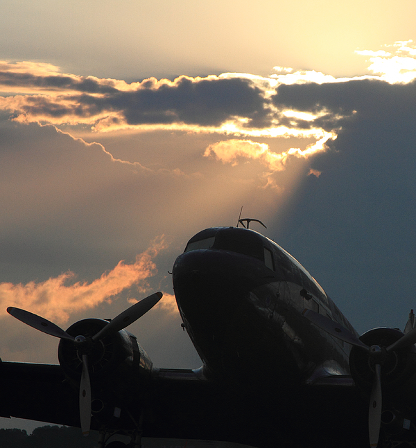Dc-3 Photograph - Dc-3 On Sunrise 1 by Maxwell Amaro