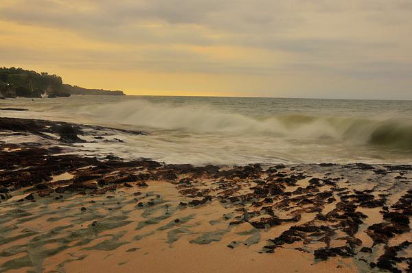 Sunset Photograph - Dreamland Beach by Wayan Suantara