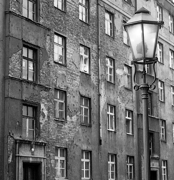 Dresden Photograph - Dresden Gaslamp by Ron Greer