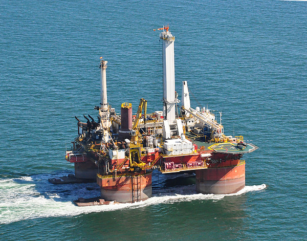 Drilling Rig Photograph - Drilling Rig by Bill Perry