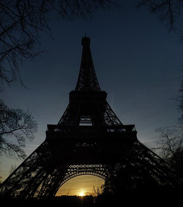 Eiffel Tower Photograph - Eiffeltower At Sundown by Erik Tanghe