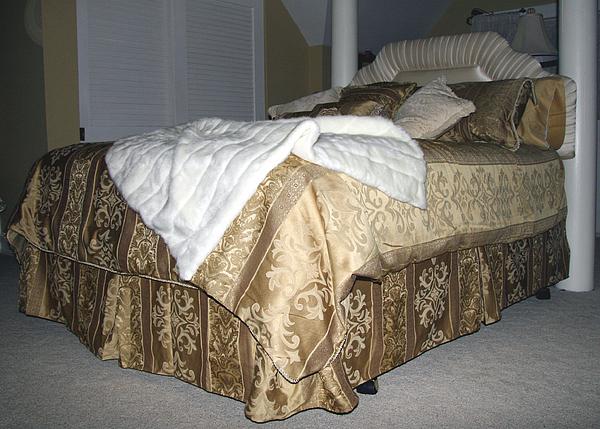 Bedroom Photograph - Elegance by Amelia Painter