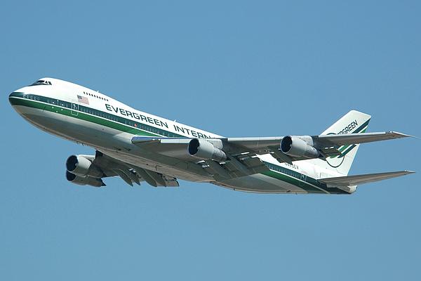Airplane Photograph - Evergreen International 747-273c N470ev At San Bernardino May 31 2006 by Brian Lockett
