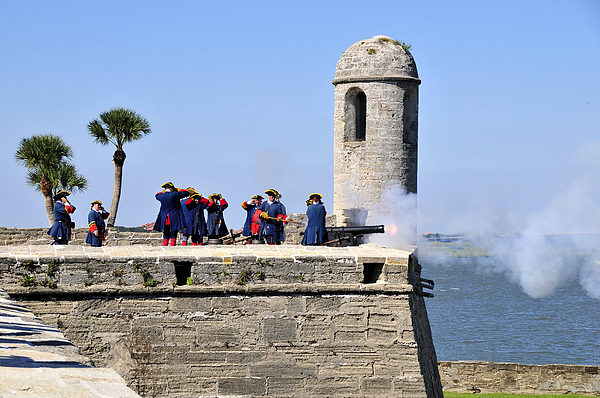 Fort Photograph - Firing On The British by David Lee Thompson