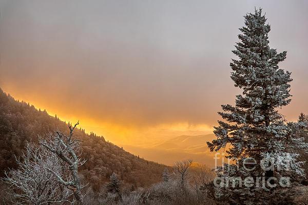 Sunrise Photograph - First Snow On The Blue Ridge Parkway. by Itai Minovitz