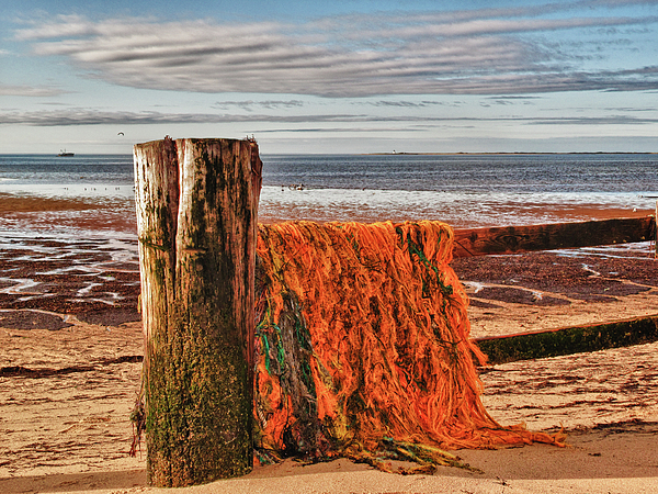 Seascape Photograph - Fishing Nets In Province Town by Linda Pulvermacher