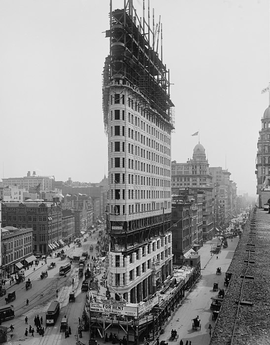 History Photograph - Flatiron Building During Construction by Everett