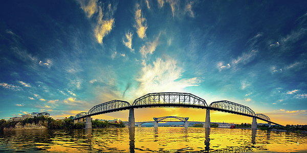Chattanooga Photograph - Floating On The River by Steven Llorca