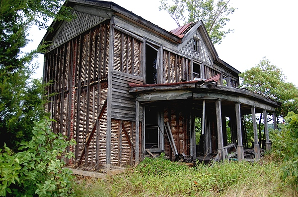 House Photograph - Forgotten by Sharon Blanchard
