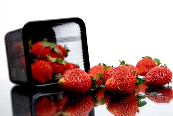 Fresh Strawberry Photograph by Mas Farid
