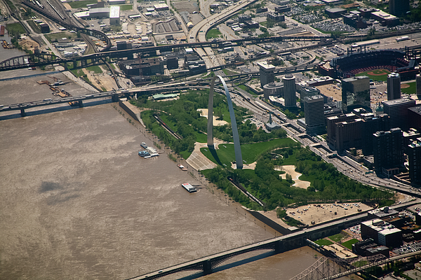 Gateway Arch During Flood Of 2011 Photograph by David Coblitz