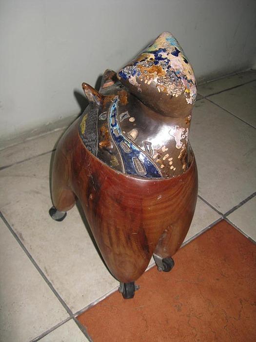 Ceramica Sculpture - Gatito Ambulante by Carola Cespedes pulido