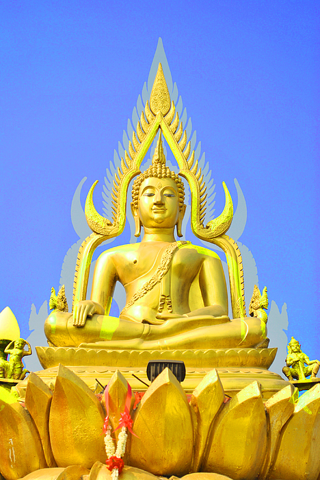 Gold Sculpture - Gold Buddha Statue by Somchai Suppalertporn