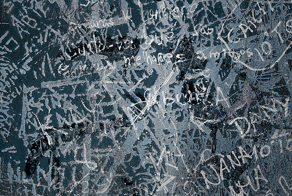 Abstract Photograph - Grunge Background I by Carlos Caetano