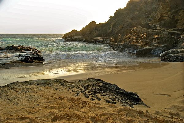 Burt Lancaster Photograph - Halona Beach Cove by Michael Peychich