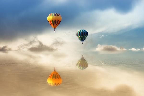Tracie Kaska - Hot Air Balloons Water Reflections